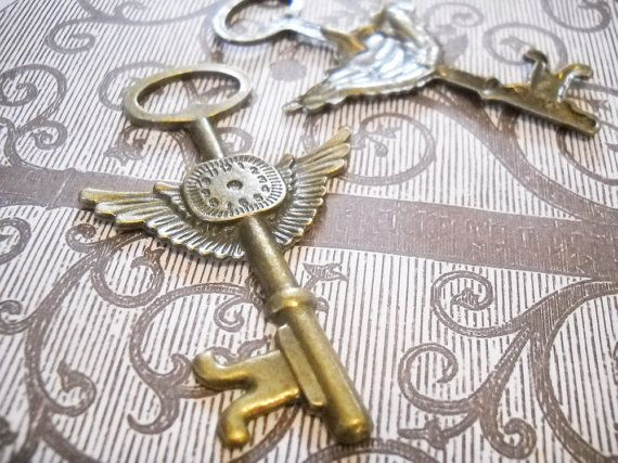 wow: Beautiful Keys, Key Keepers, Door Knobs, Key Holes, Keys Love, Keys And, Antique Keys