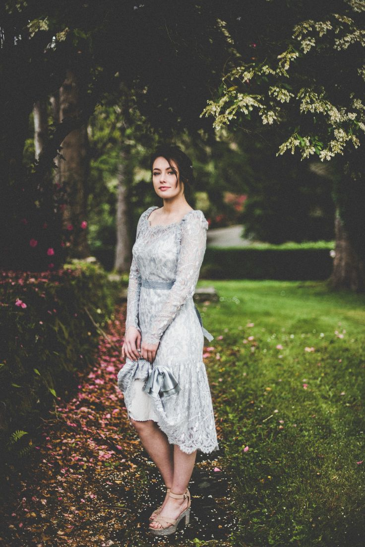 Boho Bridesmaid, Alice Halliday styling, Liberty & Jasmine vintage dress, Rosa O hair & makeup, Vintage Cut Flowers, Kate Bean Photography, Wildflower Weddings
