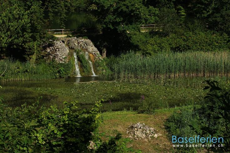 Suchen Sie ein Ort für romantische Spaziergänge? Besuchen Sie die Ermitage in #Arlesheim, #Baselland, der grösste englische Landschaftsgarten der #Schweiz. Wer Ruhe, Mystik, Erholung und Romantik sucht, ist in der Ermitage Arlesheim genau richtig. Ein schönes Ausflugsziel in der #RegionBasel.