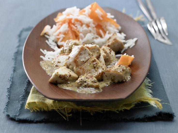 Putenbrust in Honig-Senf-Sauce mit Möhren-Basmatireis - smarter - Kalorien: 456 Kcal - Zeit: 15 Min. | eatsmarter.de