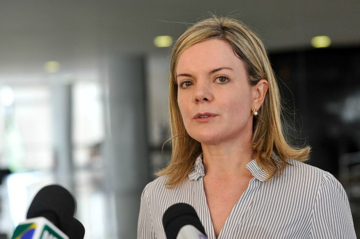 Doleiro confirma: senadora petista recebeu 1 milhão do esquema do Petrolão | #AlbertoYoussef, #DelaçãoPremiada, #Doleiro, #GleisiHoffmann, #LavaJato, #Petrolão