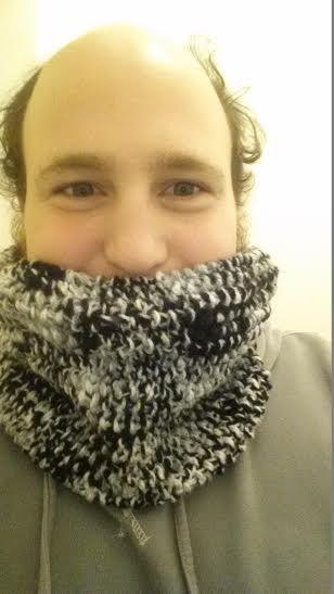 Cuello en punto de arroz tejido en telar por Jordi