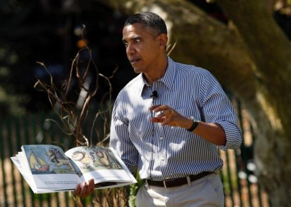 White House Easter Egg Roll 2015: Bees interrupt Barack Obama's story  Read more: http://www.bellenews.com/2015/04/07/world/us-news/white-house-easter-egg-roll-2015-bees-interrupt-barack-obamas-story/#ixzz3Wdb1JkMs Follow us: @bellenews on Twitter | bellenewscom on Facebook