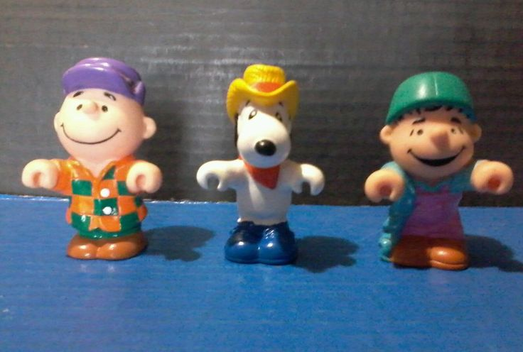 PEANUTS TOYS : Lot of 3 Charlie Brown Snoopy Linus United Feat Synd Collectibles