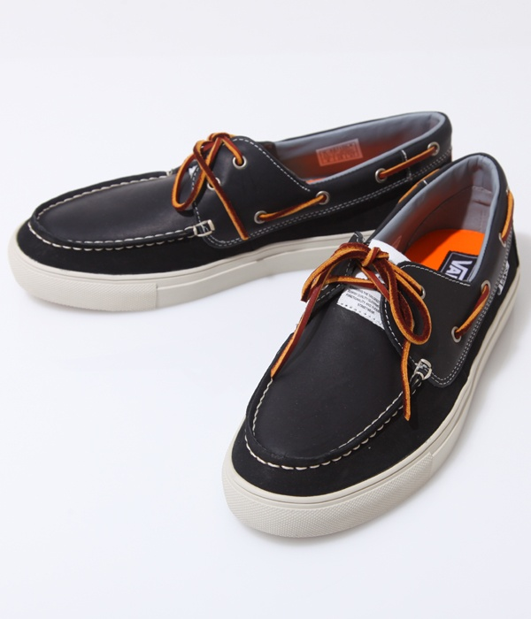 boat shoes vans