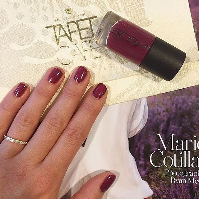At @modemagasinet_in they've selected @goshcopenhagen Nail Lacquer in 008 Berry Me as the it-colour for fall  Who else would love this colour for fall? #GOSHCOPENHAGEN #NailLacquer #BerryMe #NailPolish #GOSH #FallColour Repost from #Modemagasinet_In