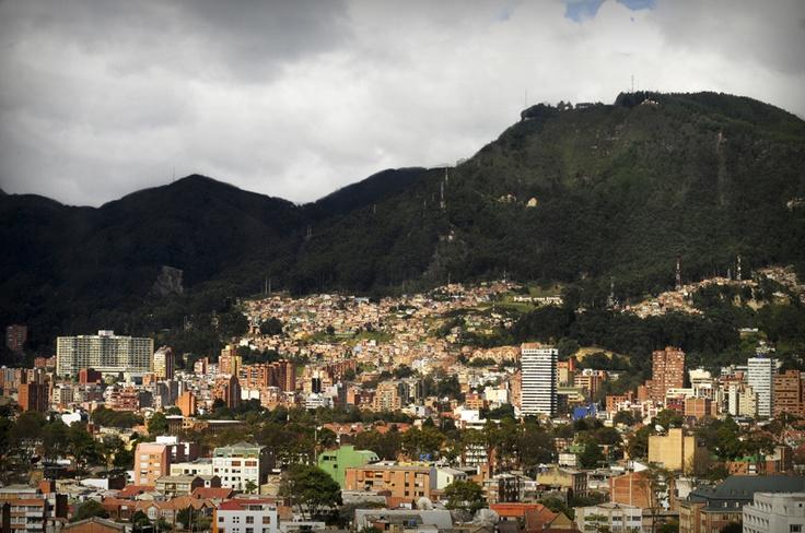 Cerros Orientales desde las oficinas de Planeación la Carrera 30