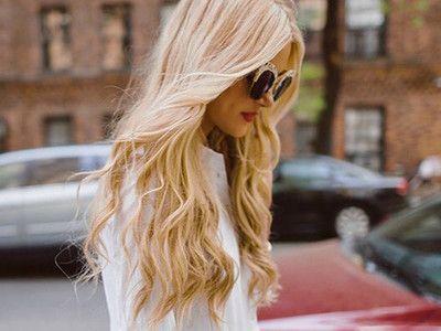 Haaröl pflegt die Haare intensiv