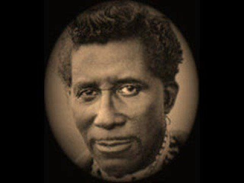 Screamin' Jay Hawkins, I Put a Spell on You - YouTube