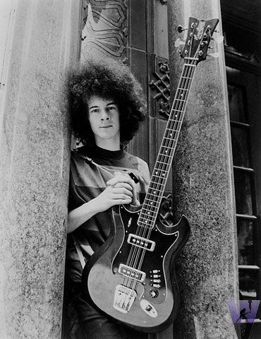 Noel Redding (Jimi Hendrix Experience) with Hagstrom H8 eight-string bass.