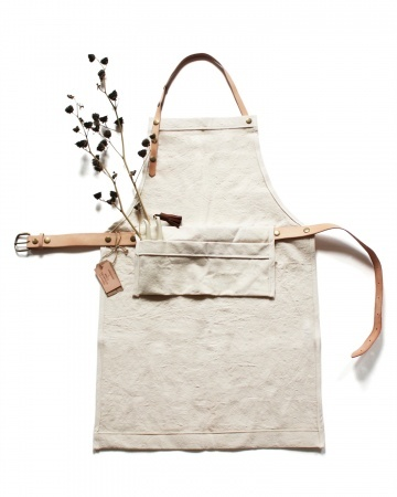 Canvas and Leather Apron -- view board http://pinterest.com/davidos193/essentials-men-s-accessories/
