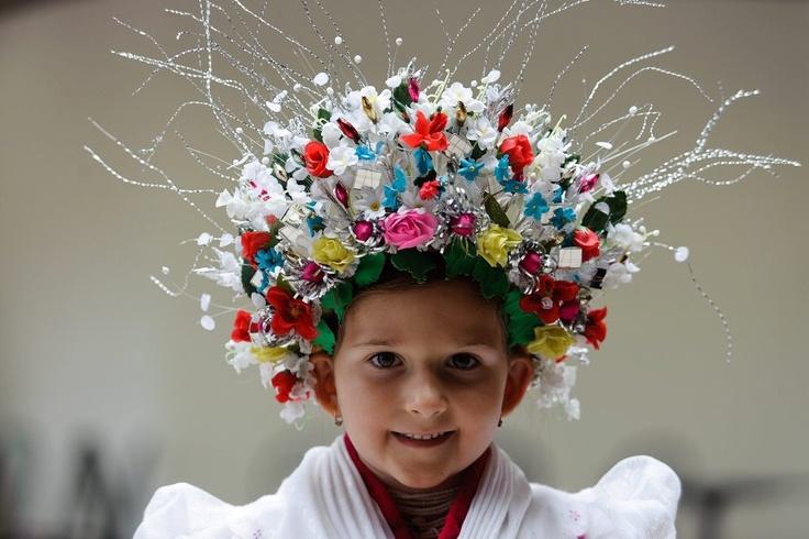 Hungarian wedding headdress Balázs Anna rimóci, menyasszonyi viseletben .....