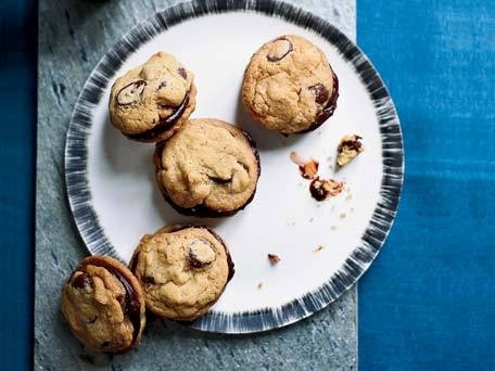 Ganache-Stuffed Chocolate-Chip Cookies: Ganache Stuffed Chocolate Chip, Chocolate Chips, Chocolates, Sweet, Food, Cookie Recipe, Chocolate Chip Cookies, Dessert