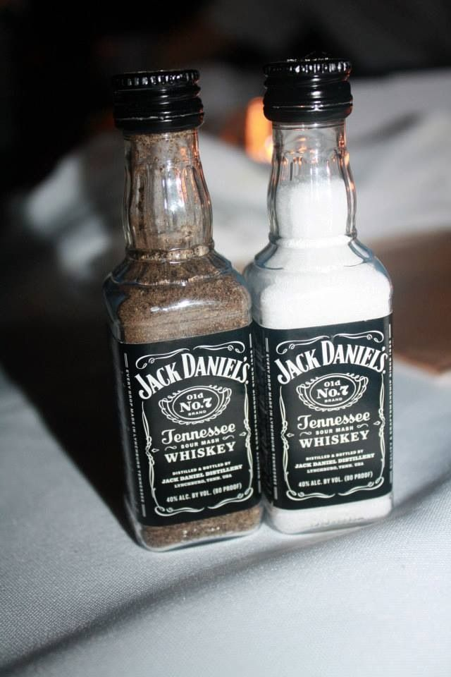 St and pepper shakers diy