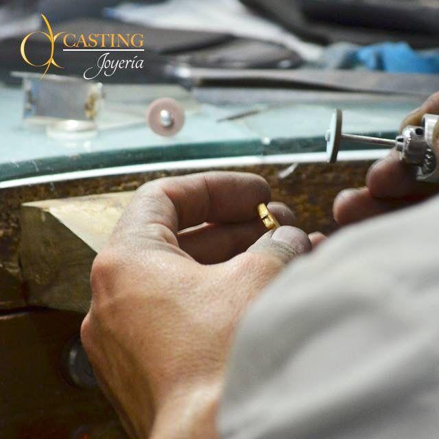Las #joyas requieren de un #mantenimiento cuidadoso que las mantenga en todo momento en su estado #original, en el #TallerDelJoyero te ofrecemos el mejor servicio de #reparación y #Renovación