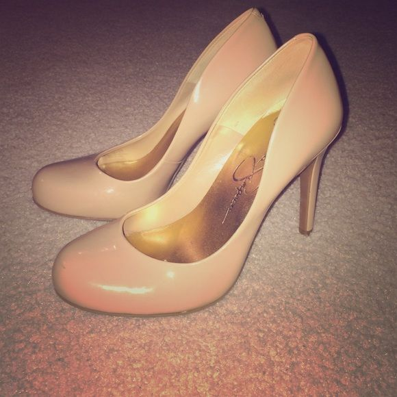 Nude Jessica Simpson Heels The perfect nude heels that go with every outfit! These heels are incredibly comfortable and just the right height. Jessica Simpson Shoes Heels