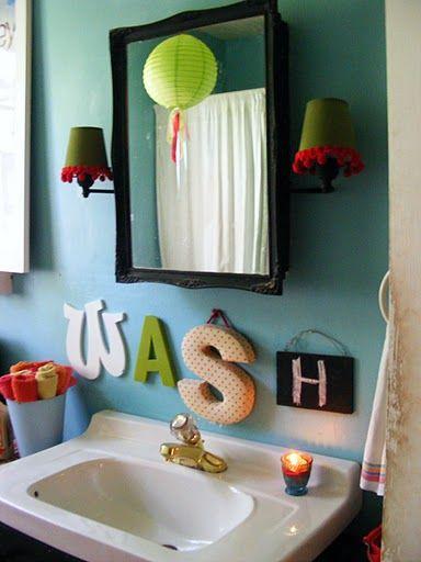 Such a fun bathroom!