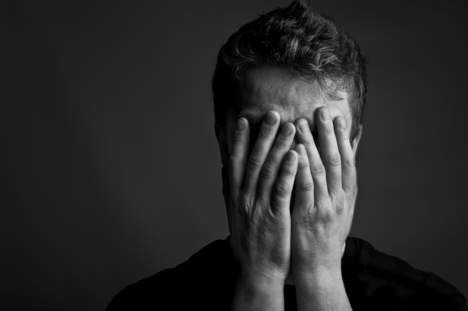 Ze is de allermenselijkste emotie: schaamte. Filosoof Coen Simon zoekt naar de oorzaak. Volgens geheugenkenner Douwe Draaisma is de eerste herinnering ...