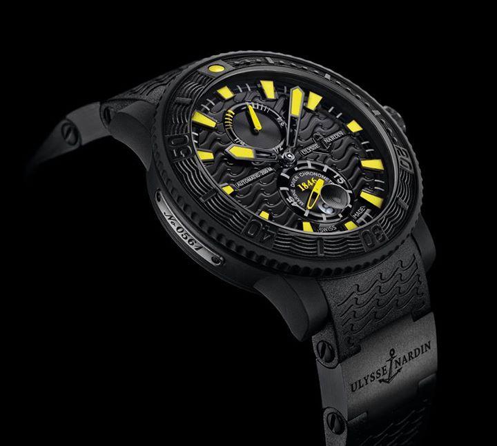 Ulysse Nardin Black Sea  Un reloj lleno de personalidad y categoría. En este sentido, luce un tratamiento de caucho que le hace lucir espectacular y diferente a todos los relojes de buceo que conozcas.  #WatchesWorld, los relojes de tu vida.