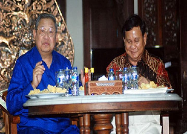 Jakarta - Pertemuan Ketua Umum Partai Demokrat Susilo Bambang Yudhoyono dan Ketua Umum Partai Gerindra Prabowo Subianto dinilai tidak akan mengubah peta politik di parlemen.