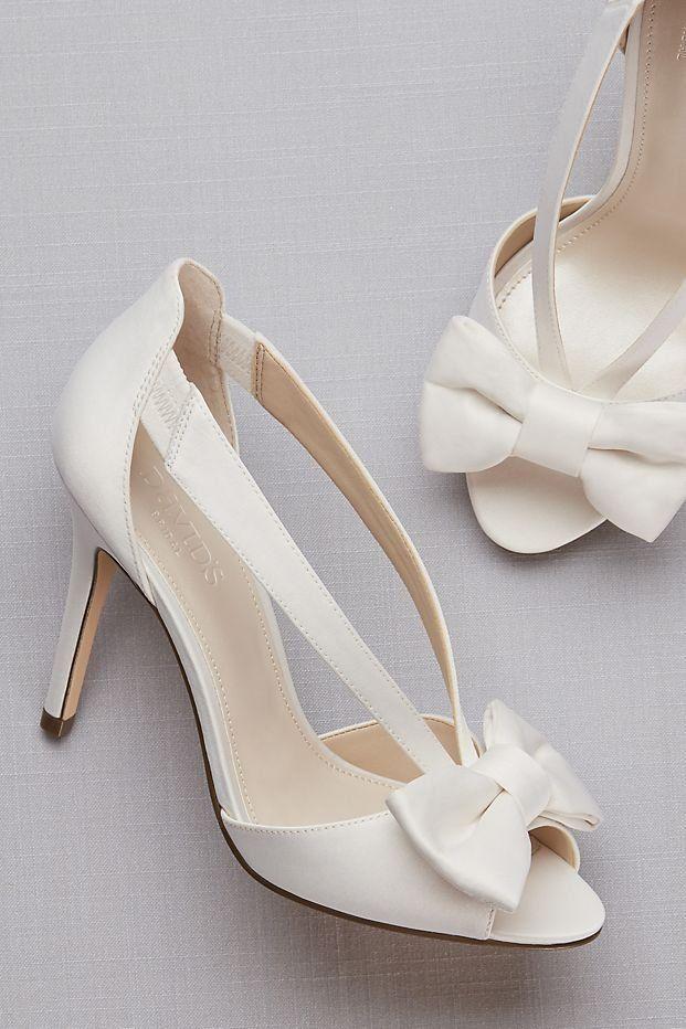 Two Piece Strappy Bow Pumps David S Bridal Vinatge Wedding Shoes Peep Toe Wedding Pumps Weddingsh Peep Toe Wedding Shoes Bride Shoes Summer Wedding Shoes