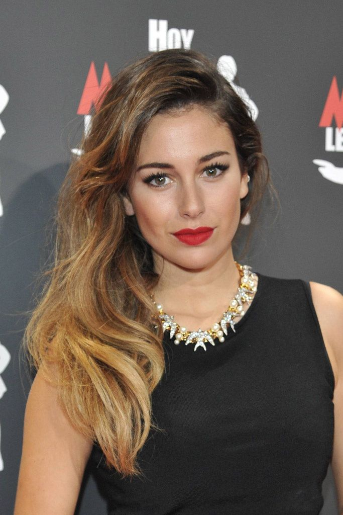 blanca_suarez_en_15_hair_moments_849457244_683x1024.jpg (683×1024)