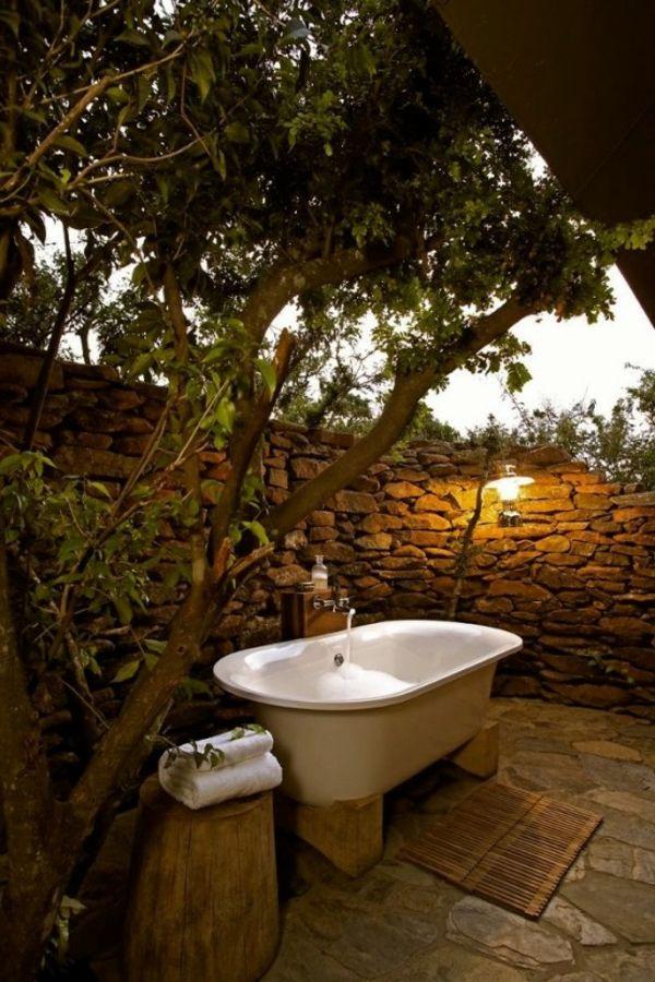 17 meilleures id es propos de baignoire ext rieure sur. Black Bedroom Furniture Sets. Home Design Ideas