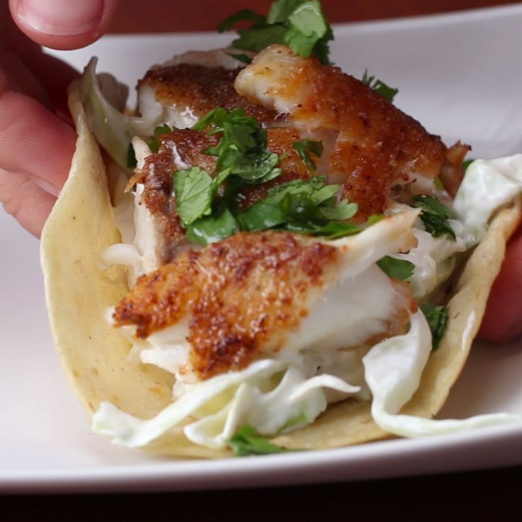 C l e a n e a t i n g a collection of ideas to try for Flounder fish tacos