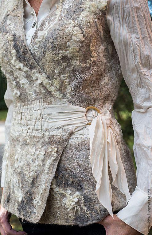 """Купить Валяный жилет """"Жемчужный"""" - жилет, жилетка, войлочная, валяная, валяный, шерстяной, шерстяной жилет:"""