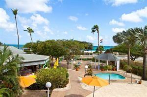 Aruba Aruba Eagle Beach  MVC Eagle Beach is een sfeervol familiehotel gelegen aan één van de mooiste stranden van Aruba Eagle Beach. De intieme sfeer en het gastvrije en vriendelijke personeel (zowel Nederlands als...  EUR 1008.00  Meer informatie  #Aruba http://ift.tt/1RlV2rB http://ift.tt/1LI61N9