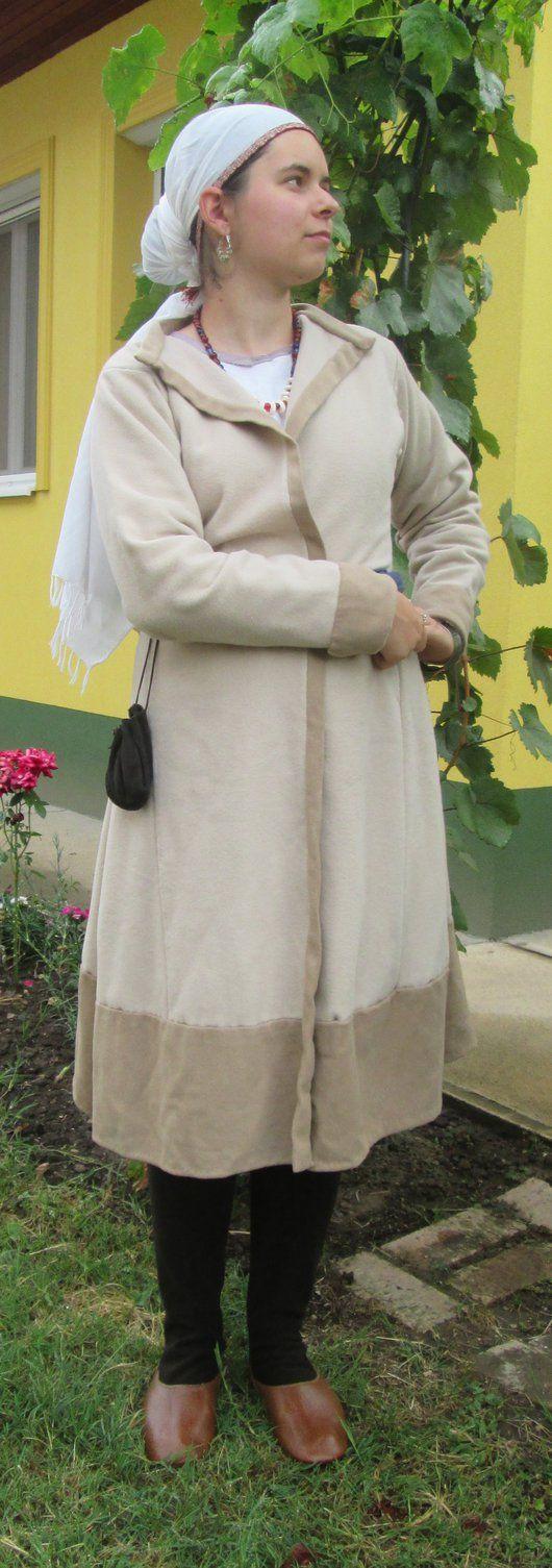 10th century hungarian, whole costume