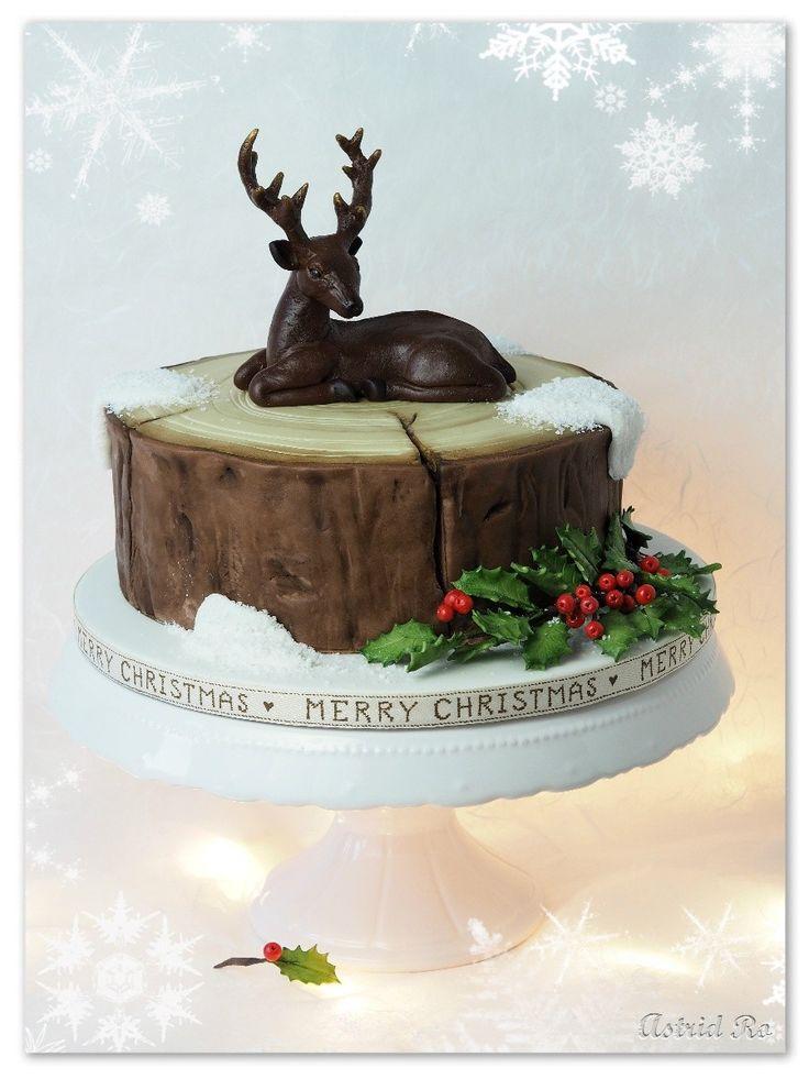 """Weihnachtstorte """"Hirsch träumt vom Winterwunderland"""" - Christmas cake """"Deer dreaming of a white Christmas"""" - Astrid Ro's Werkstatt"""