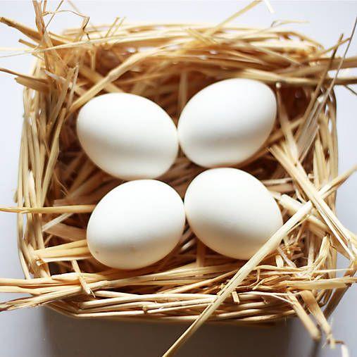 Biele veľkonočné vajíčka veľkosť M