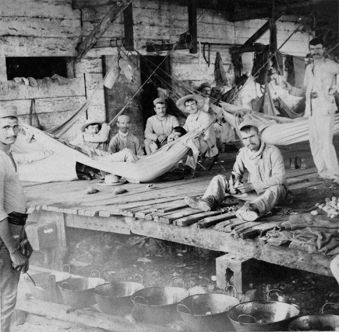 El último campamento español en Cuba. Cienfuegos, 1898. Fotografía: Strohmeyer & Wyman