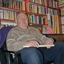 """Pan Andrzej Piotrowski: """"Kupno, sprzedaż i wymiana – po prostu kocham książki!"""" Nowe miejsce na warszawskiej Pradze dla miłośników starych książek. Antykwariat przy Kawęczyńskiej 22."""
