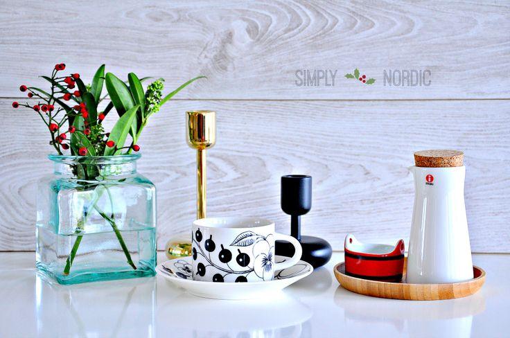 Iittala Nappula candleholders, Iittala Teema Pitcher 0,2 l white.