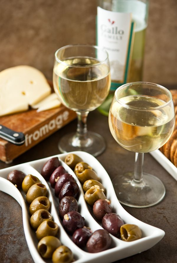 Wine, Olives and Cheese#Сarde #PutDownYourPhone
