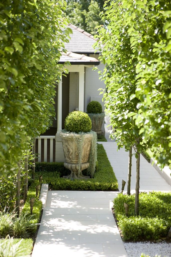 Landscape Design, paving, layered greenery. Gallerie B