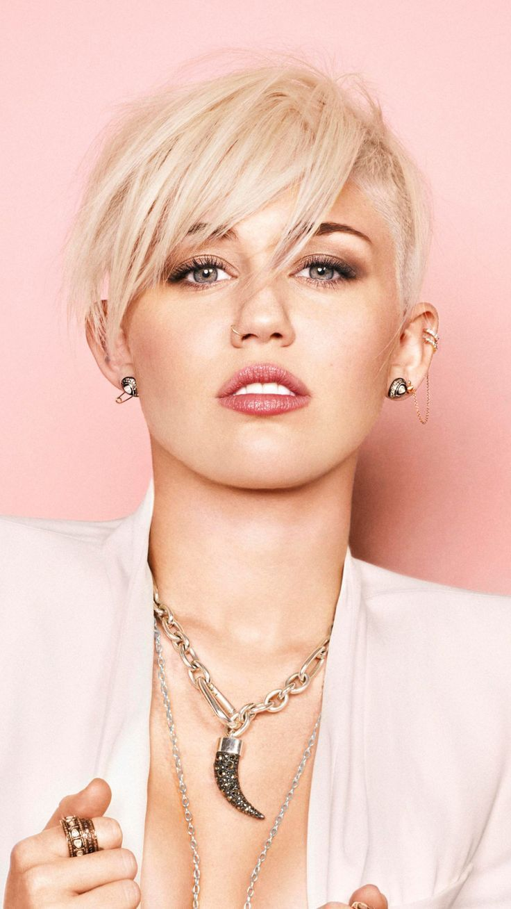 Miley Cyrus Short Hair Blonde Singer 2018 Wallpaper Celebrity Wallpapers Blonde Celebrity Miley Cyrus Hair Miley Cyrus Short Hair Short Hair Styles