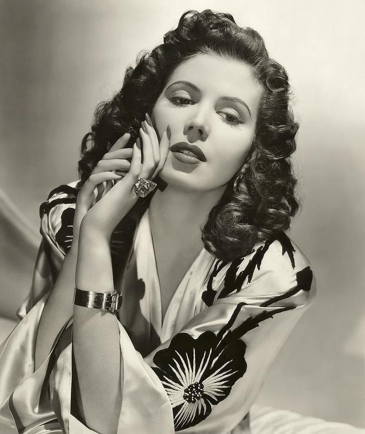 Ann Miller, 1940s glamour shot