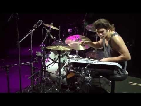 The craziest drum solo ever