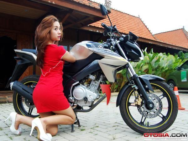 Review Motor : Yamaha New V-Ixion - Vivaoto.com - Majalah Otomotif Online