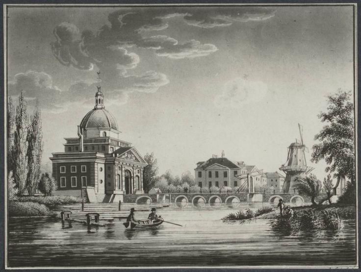Muiderpoort in de 18e eeuw. De stadspoort werd in 1770 gebouwd, nadat de oude poort uit 1663 in 1769 was ingezakt wegens problemen met de fundering. De poort maakte deel uit van de vestingwerken van Amsterdam. Van de poorten die in de 17de en 18de eeuw toegang tot de stad Amsterdam gaven is de Muiderpoort het enig overgebleven exemplaar.