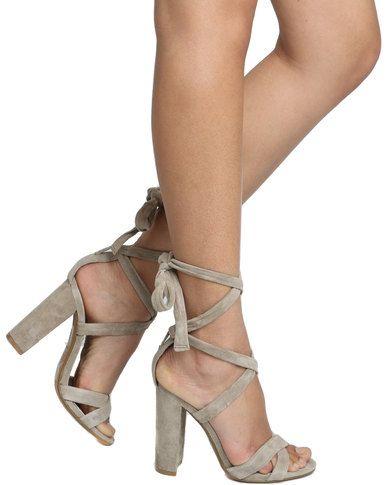 The Block Heel - Shoe trend   Steve Madden Christey Block Heel Sandal Taupe