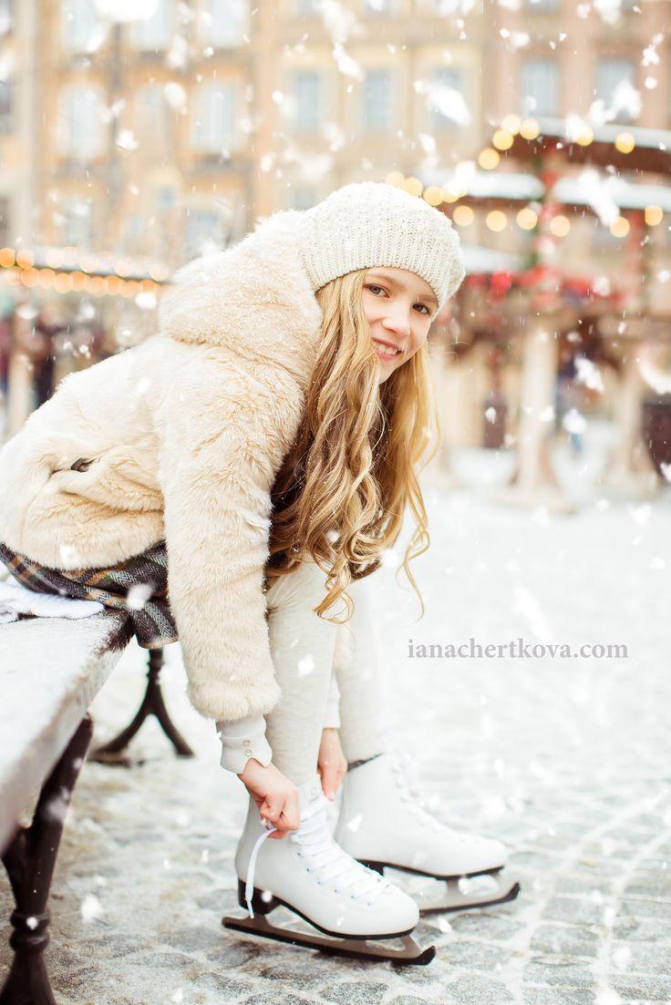 Фотосессия зима Каток фотосессия коньки снег