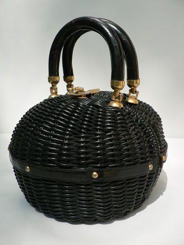 vintage 1950s 60s round black woven straw plastic handbag