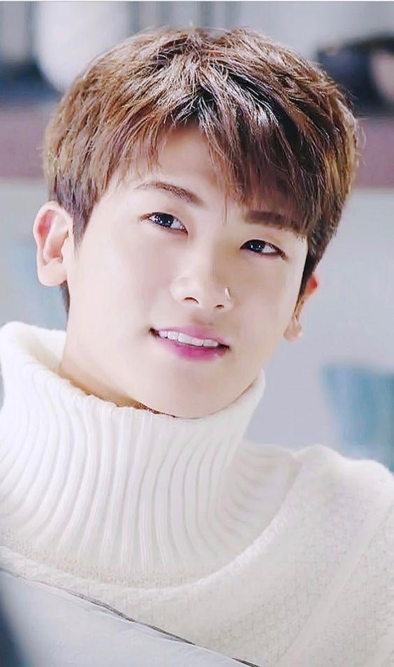 Resultado de imagen de ahn min hyuk