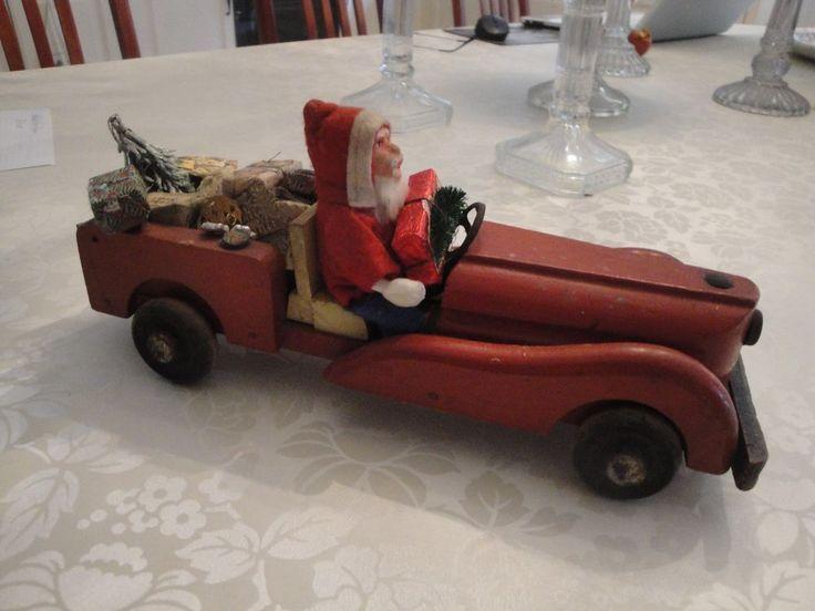Einmalig seltene wunderschöne Rarität antiker Weihnachtsmann Nikolaus im Auto
