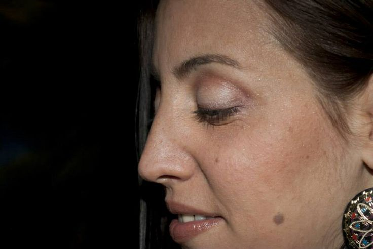 Makeup súper tranqui con sombras satinadas - http://www.facebook.com/MgProMakeUp