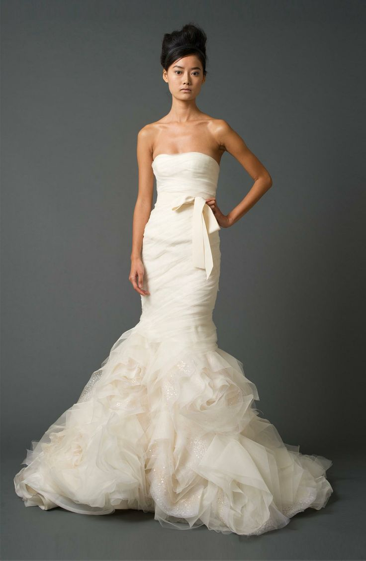 7 best Vera Wang Wedding Gowns images on Pinterest | Vera ...